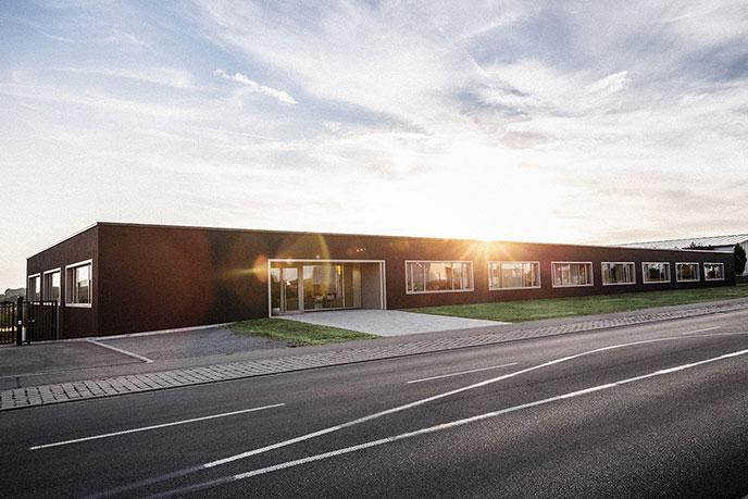 Das Gebäude der Trauringmanufaktur Christian Bauer in Welzheim | Juwelier Stahl Würzburg