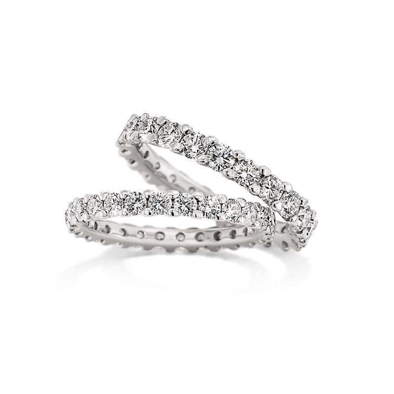Alle Diamanten sind per Hand gefasst - Christian Bauer Verlobungsringe bei Juwelier Stahl in Würzburg